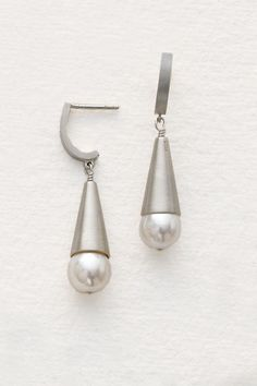 Pearl Cone Earrings by Claudia Endler (Silver & Pearl Earrings) Jewelry Design Earrings, Unique Earrings, Jewelry Art, Pearl Earrings, Unique Jewelry, Jewelry Ideas, Pearl Jewelry, Jewlery, Homemade Necklaces