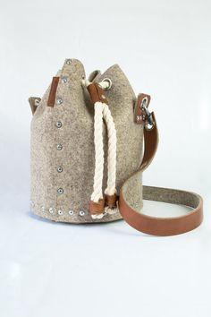Wool felt bucket bag, Felt Duffle Bag, Duffle Satchel / Felt backpack, Duffle, Handbag, Felt Satchel, Duffel Bag, Cross body bag