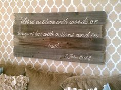 Vintage Romance: reclaimed fence wood sign tutorial...project letters onto sign and trace.