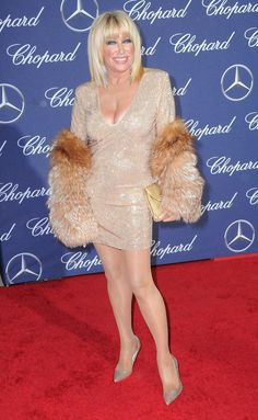 You've Never Seen Anything Like Suzanne Somers's Opulent Palm Springs Estate Pantyhose Outfits, In Pantyhose, Suzanne Somers, Hot Poses, Three's Company, Girl With Curves, Film Awards, International Film Festival, Aging Gracefully