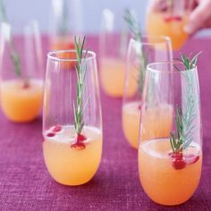 Sparkling Pear and Cranberry Cocktail #recipe #cocktail