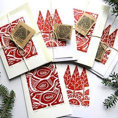 Mangle Prints: Christmas Cards and Heat! Mangle Prints: Christmas Cards and Heat! Stamp Carving, Noel Christmas, Christmas Lights, Christmas Cookies, Beautiful Handmade Cards, Linocut Prints, Xmas Cards, Envelopes, Holiday Crafts