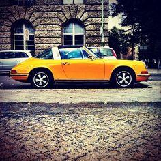 larsmenze:    Porsche Targa sunshine yellow