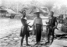 COLLECTIE TROPENMUSEUM Huwelijksplechtigheid in Zuid-Nias TMnr 10003054 - Nias - Wikipedia, the free encyclopedia