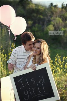 gender reveal photo idea - Krissy, we could write it on a chalkboard/poster board and hold the right color balloons behind our back. We get the appropriate photos without Kenny and I seeing.