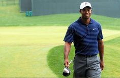 The Comeback – the story of Tiger Woods He was a trendsetter. The word golf was synonymous to his name. I first heard about Tiger Woods in 2006 and what amazed me was how young he was, yet making headlines. At only he had already won himself the title. Golf Sport, Golf 2, Play Golf, Tiger Woods, Golf Outfit, Blog Coaching, Marathon, Citations Sport, Irish Jokes