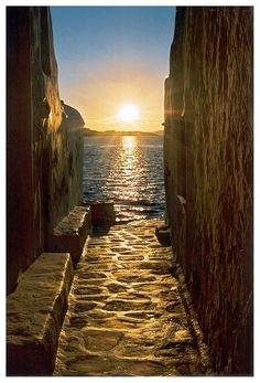 Sunset - Myconos, Greece by PERUGINA Dream Vacations, Vacation Spots, Croquis Architecture, Wonderful Places, Beautiful Places, Beautiful Sunset, Simply Beautiful, Places To Travel, Places To See