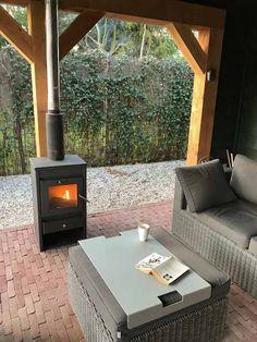 Backyard Gazebo, Backyard Patio Designs, Outdoor Rooms, Outdoor Living, Outdoor Wood Burner, Summer House Garden, Tiki Bar Decor, Enclosed Patio, Modern Patio