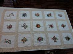 Mantel en bordado estilo brasilero y acabado en tejido a crochet