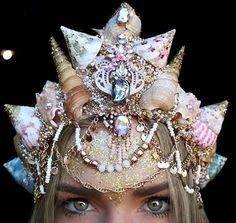 """Pin for Later: Dites Adieu aux Couronnes de Fleurs, et Bonjour au """"Mermaid Crowns"""""""