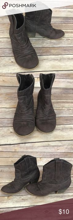 "Brown Ankle Boots Size 6 Rock Candy Briwn Ankle Boots. Size 6. Small hole in bottom heel. Heel Height: 2"" Rock & Candy Shoes Ankle Boots & Booties"