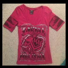 ✨ Hot Pink Metal Mulisha Top✨ 10/10 condition! Makes your cleavage look GREAT! trade value $15 Metal Mulisha Tops Tees - Short Sleeve