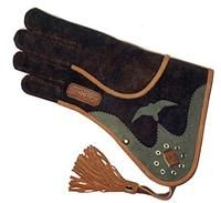 falconry gloves Pakistan Other Sports Gear Harry Potter Villains, Hunting Gloves, Sport Of Kings, Leather Skin, Birds Of Prey, Bird Species, Raptors, Leather Working, Leather