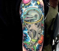 #golfinhos #tatuagens #tattoos Yin Yang, Tattoo Feminina, Tatting, Cats, Dolphins Tattoo, Natural Styles, Tattoo Simple, Meaning Tattoos, Tattoo Studio