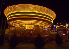 Night photography, 4 second exposure f8 ISO100 Canon 7D. Carousel lights.