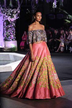 Lakme Fashion Week W/F 2016: Manish Malhotra | Scarlet Bindi