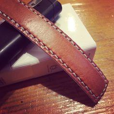 なんとなくブレスレット♪ #leather #手縫い #レザークラフト #ブレスレット