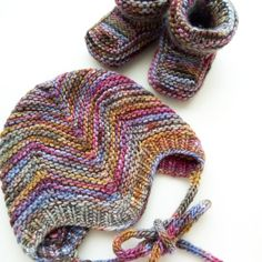 Baby Hat and Shoes by @tendercrafts | malabrigo Worsted