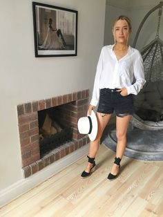 Hope everyone's bank holiday weekend is off to a good start ✌🏽 Bank Holiday Weekend, Vacation Travel, Joules, Panama Hat, Leather Skirt, Espadrilles, Denim Shorts, Fashion Looks, Lifestyle