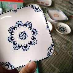 Dot Art Painting, Mandala Painting, Pottery Painting, Ceramic Painting, Mandala Canvas, Mandala Art, Pottery Place, Stippling Art, Mandala Rocks
