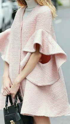 44 Ideas Womens Fashion Winter Casual Cute Dresses For 2019 Fashion Details, Look Fashion, Spring Fashion, Winter Fashion, Fashion Coat, Jackets Fashion, Modest Fashion, Hijab Fashion, Fashion Outfits