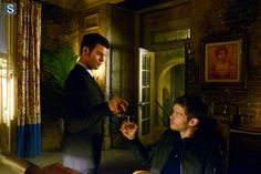 "S1 Ep19 ""An Unblinking Death"" - Elijah and Klaus"