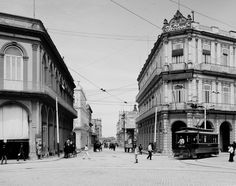 The streets of Old Havana, long before the colorful cars