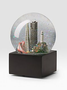 Saks Fifth Avenue San Francisco Snow Globe; So awesome!!! Makes me want to live in San Francisco!!