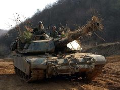 Units of the 2nd Infantry Division will receive new M1A2 Abrams Tanks and M2A2 Bradley Fighting. (Photo: Army)