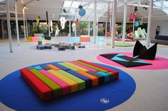 Play Spaces, Learning Spaces, Kid Spaces, Kindergarten Design, Kids Cafe, Indoor Playground, Library Design, Environmental Design, Creative Kids