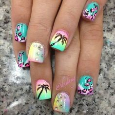 Summer vacation nails