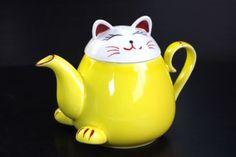 ARITA Japanese Maneki Neko TEAPOT Lucky Cat Yellow | eBay