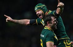 Jonathan Thurston is crowned rugby league's best player for a second time - http://rugbycollege.co.uk/rugby-league/jonathan-thurston-is-crowned-rugby-leagues-best-player-for-a-second-time/