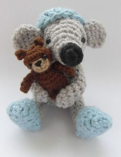 Cookie the mouse goes to sleep  crochet PATTERN door cuteandkaboodle