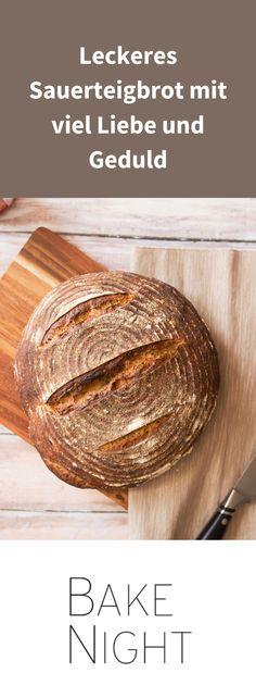 Nichts verlangt so viel Hingabe wie Sauerteigbrot. Das kann ich definitiv bestätigen, aber dafür schmeckt es am Ende umso besser. Wie du das perfekte Sauerteigbrot selber backen kannst, erfährst du in unseren BakeNight Backworkshops. Bread, Food, Meal, Essen, Hoods, Breads, Meals, Sandwich Loaf, Eten