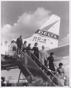 Delta Air Lines Vintage DC-8 Passenger Deplaning