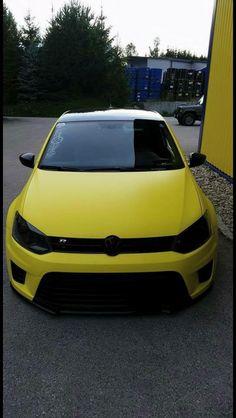 VW Golf R black and yellow Volkswagen Polo, Scirocco Volkswagen, Car Volkswagen, Vw Cars, Vw Camper, Gti Vw, Mk6 Gti, Golf 7 Gti, Vw Golf R