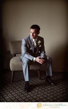 groom pose
