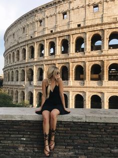 http://liketk.it/2rNge #liketkit @liketoknow.it Foto Roma, Travel Pictures Poses, Rome Pictures, Couple Pictures, Travel Photos, Italia Roma, Travel In Style, Girl Travel, Travel Goals