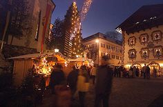 Christmas markets Lake Wolfgang - Advent in St. Christmas In Europe, Christmas Markets, Christmas Holidays, Advent, Austria, Places To Travel, Street View, Marketing, Winter Wonderland