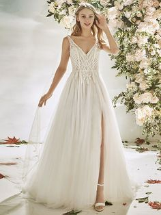 Wedding Dress Suppliers Uk , the Ultimate A Z Of Wedding Dress Designers, John Charles 2019 Mother Of Bride & Groom Outfits, Wedding Dresses La Sposa Collection White by Vera Wang Wedding Dresses & Gowns. Wedding Dresses Houston, Best Wedding Dresses, Designer Wedding Dresses, Bridal Dresses, Wedding Gowns, Wedding Dress Outlet, Slit Wedding Dress, Elegant Wedding Dress, Egyptian Wedding Dress