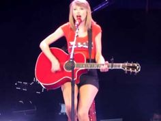 FEARLESS - Red Tour: Taylor Swift live in Manila 2014 & we are Fearless...love you Mrs.Carlyle.!!!