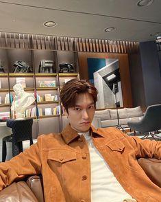 Lee Dong Wook, Lee Jong Suk, Lee Seung Gi, Ji Chang Wook, Lee Min Ho Instagram, Latest Instagram, Instagram Repost, Park Hae Jin, Park Seo Joon