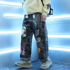 Hip Hip, Mode Streetwear, Streetwear Fashion, Swaggy Outfits, Oversized Jeans, Japanese Streetwear, Graffiti Prints, Ankle Length Pants, Harajuku