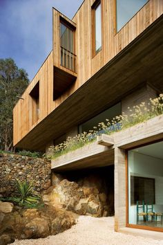 Wood-cladded dwelling in Chile with ocean views