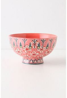 I think I'm going to start collecting small, cool bowls to serve snacks and things in...