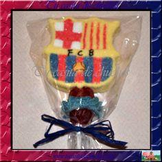 Gran piruleta marshmallow con el escudo del F.C.Barcelona, regalices, moras... Posibilidad de personalizar con nombre del protagonista, fech...