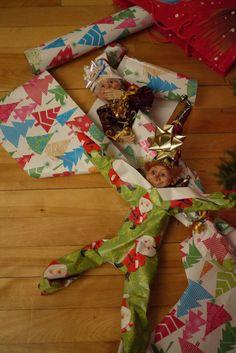 Emballants, les lutins... Christmas Elf, Christmas Stockings, Christmas Crafts, Christmas Decorations, Xmas, Christmas Ideas, Elf On The Self, The Elf, What Is Elf