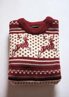 It's reindeer sweater season. Cute Christmas Sweater, Reindeer Sweater, Christmas Jumpers, Holiday Sweater, Christmas Knitting, Winter Sweaters, White Christmas, Christmas Clothes, Christmas Outfits