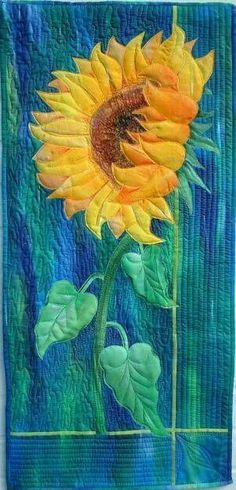 Sunflower by Maureen Thomas at A Quilt Artist. Patchwork Quilting, Applique Quilts, Small Quilts, Mini Quilts, Sunflower Quilts, Sunflower Leaves, Sunflower Colors, Landscape Art Quilts, Quilt Art